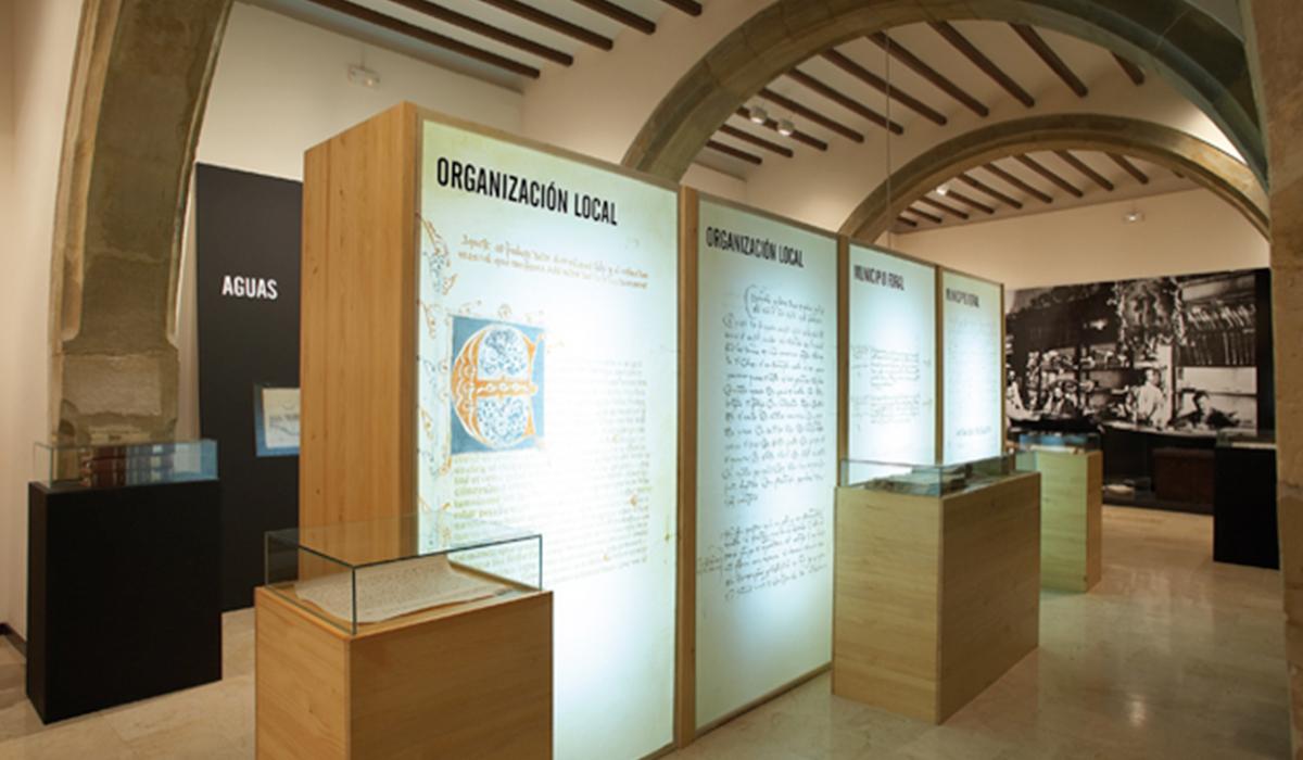 Mobiliario de exposición Misteri d'Elx