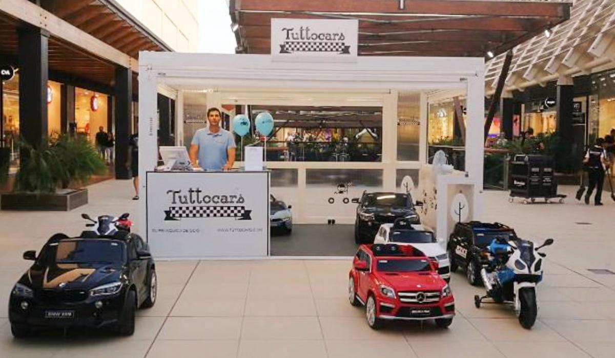 Mobiliario para comercio en exterior - Tuttocar